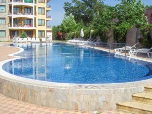 zwembad van appartementen Golden Dreams