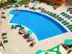 zwembad appartementen