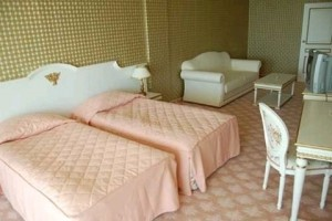 slaapkamer hotel planeta